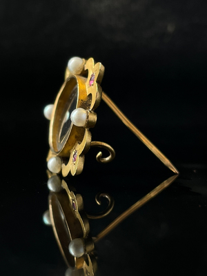 Broche rubis et perles
