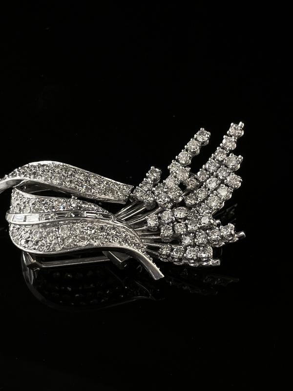 Broche diamants
