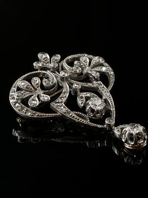 Broche Art Deco diamants