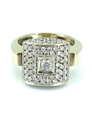 Bague pavée diamants
