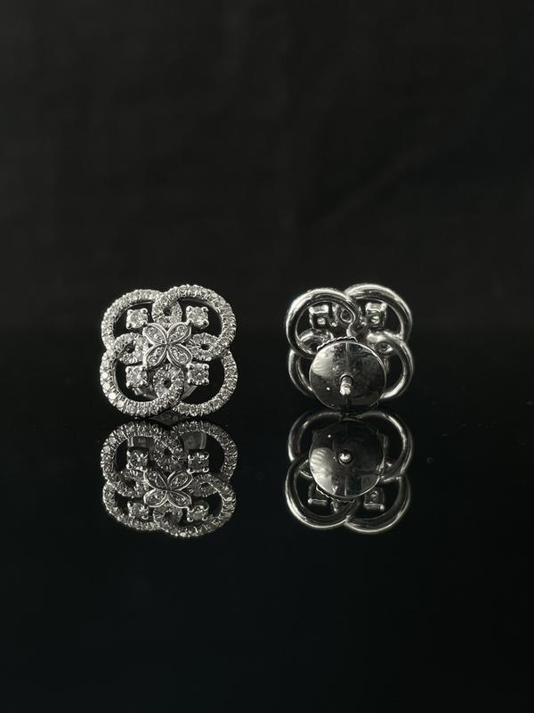 Boucles d'oreilles dentelle diamants
